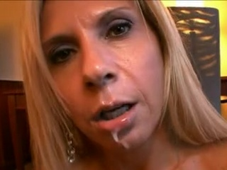 Brooke Tyler Erotic milf got bumped in the mouth