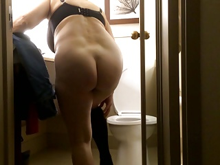 Mom's naked ass in promo clip