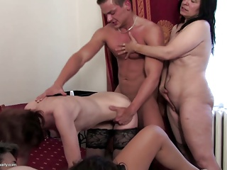 Crazy home party mothers share one young cock