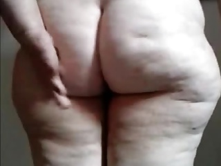 Fat Brazilian Granny show your ass and pussy